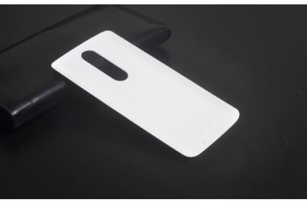 Родная оригинальная задняя крышка-панель которая шла в комплекте для Motorola Moto X Force (XT1585 / XT1581) 32Gb/ 64Gb белая