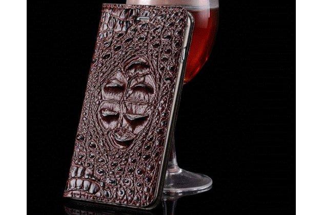 Фирменный роскошный эксклюзивный чехол с объёмным 3D изображением рельефа кожи крокодила коричневый для Motorola Moto X Force (XT1585 / XT1581) 32Gb/ 64Gb Только в нашем магазине. Количество ограничено