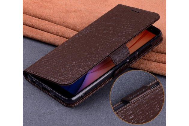 Фирменный роскошный эксклюзивный чехол с фактурной прошивкой рельефа кожи крокодила коричневый для Motorola Moto X Force (XT1585 / XT1581) 32Gb/ 64Gb. Только в нашем магазине. Количество ограничено