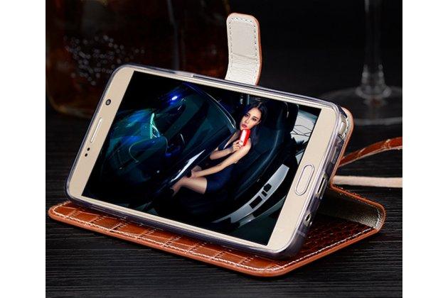 Фирменный роскошный эксклюзивный чехол с фактурной прошивкой рельефа кожи крокодила и визитницей коричневый для Motorola Moto G4 Plus (XT1642) 5.5. Только в нашем магазине. Количество ограничено