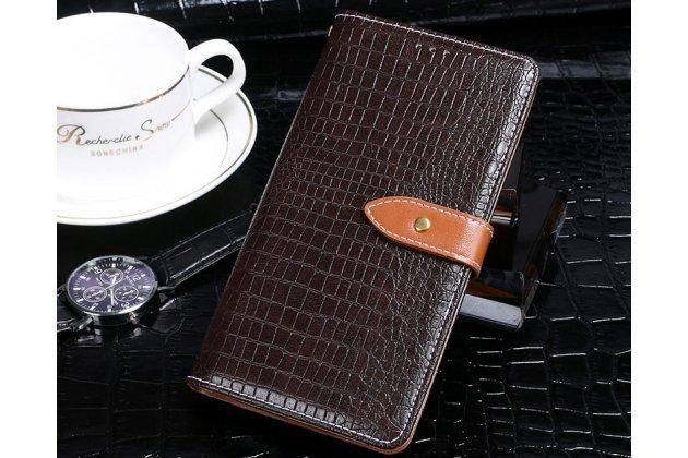 Фирменный роскошный эксклюзивный чехол с фактурной прошивкой рельефа кожи крокодила и визитницей коричневый для Asus Zenfone Max Pro (ZB602KL). Только в нашем магазине. Количество ограничено