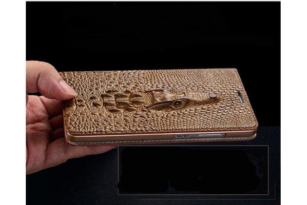 Фирменный роскошный эксклюзивный чехол с объёмным 3D изображением головы крокодила коричневый для Apple iPhone X (10) . Только в нашем магазине. Количество ограничено