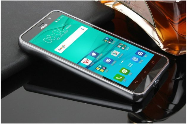 Фирменная металлическая задняя панель-крышка-накладка из тончайшего облегченного авиационного алюминия для ASUS ZenFone Go ZB552KL 5.5 (X007D)  серебристая
