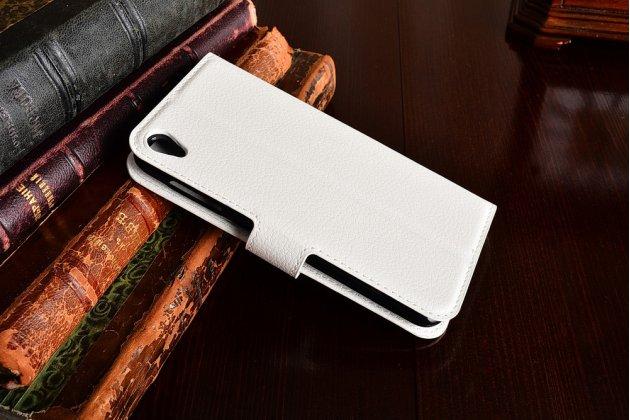 Фирменный чехол-книжка из качественной импортной кожи с подставкой застёжкой и визитницей для ASUS ZenFone Live ZB501KL белый