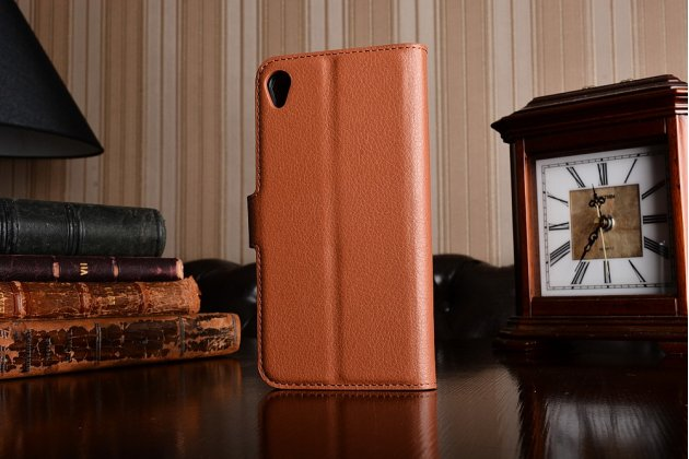Фирменный чехол-книжка из качественной импортной кожи с подставкой застёжкой и визитницей для ASUS ZenFone Live ZB501KL коричневый