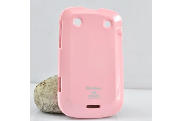 Фирменная ультра-тонкая полимерная из мягкого качественного силикона задняя панель-чехол-накладка для BlackBerry Bolt 9900 розовая
