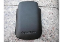 Фирменный оригинальный подлинный чехол-кобура с логотипом и встроенным магнитом Swivel Holster Pouch Case HDW-24206-001 для BlackBerry Curve 8520 из натуральной кожи черного цвета