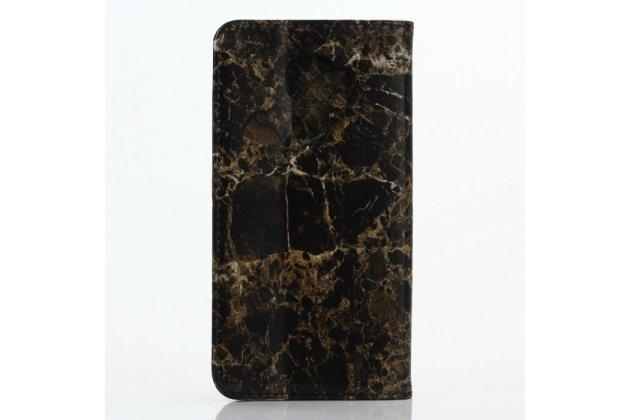 Фирменный чехол-книжка из качественной кожи с подставкой застёжкой и визитницей c рисунком черный мрамор для Blackberry DTEK60