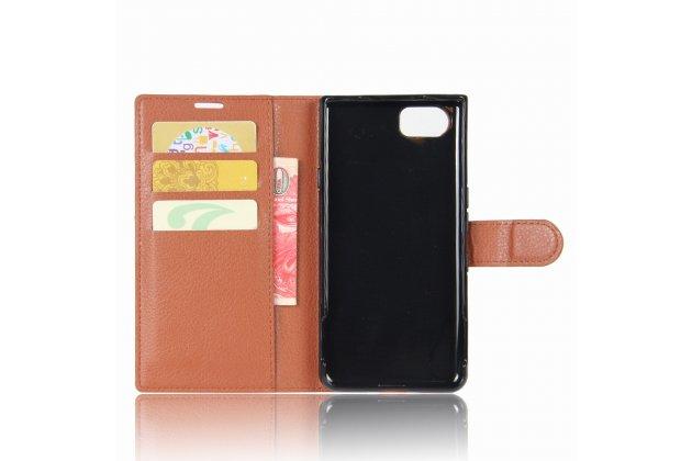 Фирменный чехол-книжка из качественной импортной кожи с подставкой застёжкой и визитницей для Блэкберри КЕЙван коричневый