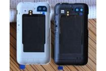 Родная оригинальная задняя крышка-панель которая шла в комплекте для Blackberry Q5 белая
