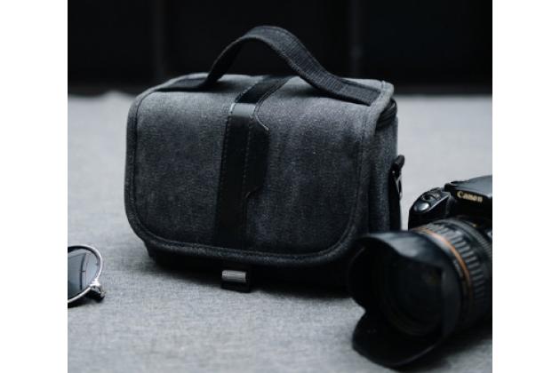 Фирменная сумка для фотоаппарата Olympus DZ-105/ E-1/ E-3/  E-30/ E-300/ E-330/ E-400/ E-410/ E-420/ E-450/ E-5 с отделением для дополнительных аксессуаров из высококачественного материала черного цвета