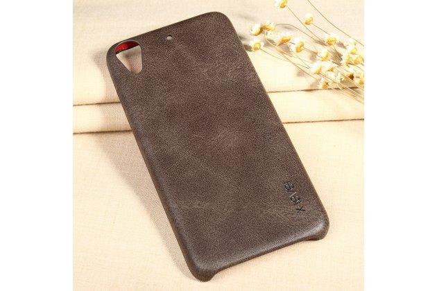 Фирменная премиальная элитная крышка-накладка из тончайшего прочного пластика и качественной импортной кожи  для HTC Desire 626 /626 G+  Dual Sim  Ретро под старину коричневая