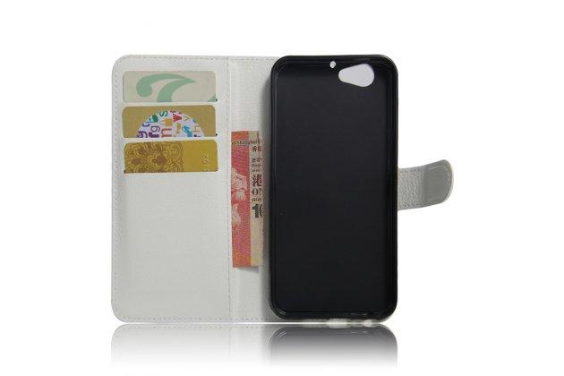 Фирменный чехол-книжка из качественной импортной кожи с подставкой застёжкой и визитницей для HTC One A9s белого цвета.