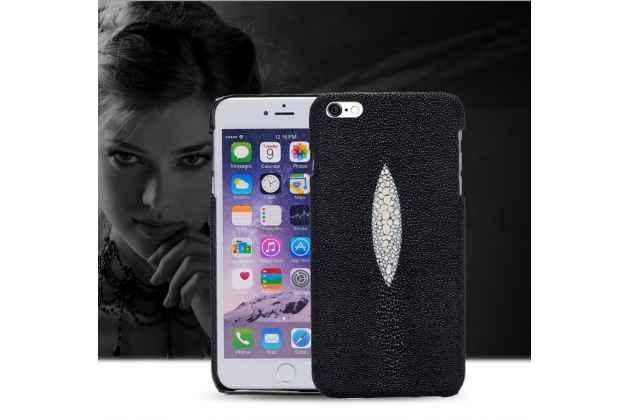 Фирменная роскошная эксклюзивная накладка  из натуральной рыбьей кожи СКАТА (с жемчужным блеском) чёрная для HTC U Ultra. Только в нашем магазине. Количество ограничено