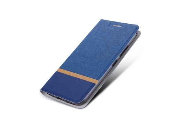 Фирменный чехол-книжка водоотталкивающий с мульти-подставкой на жёсткой металлической основе для HTC U11 Plus синий из настоящей джинсы