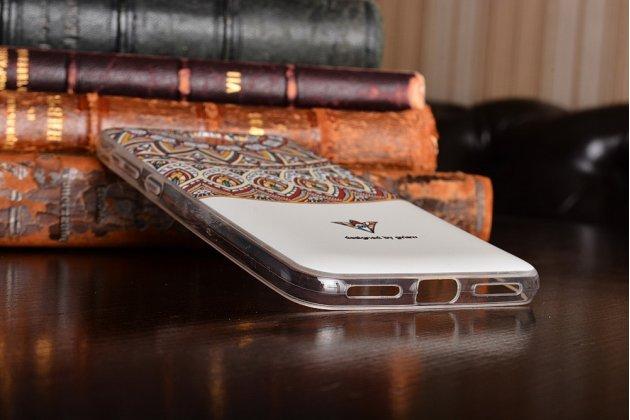 Фирменная уникальная задняя панель-крышка-накладка из тончайшего силикона для Huawei Honor 5A 5.0 ( LYO-L21) / Huawei Y5 2 (II) LTE с объёмным 3D рисунком тематика Эклектические Узоры