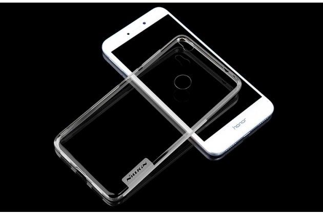 Фирменная задняя панель-чехол-накладка с защитными заглушками с защитой боковых кнопок для Honor 8 Lite / Huawei P8 Lite 2017 Edition прозрачная прозрачная