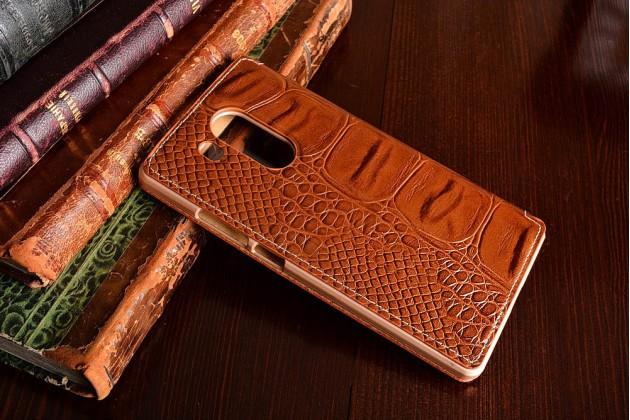 Фирменный роскошный эксклюзивный чехол с фактурной прошивкой рельефа кожи крокодила с окошком для входящих вызовов коричневый для Huawei Mate 8 (NXT-AL1) 6.0. Только в нашем магазине.
