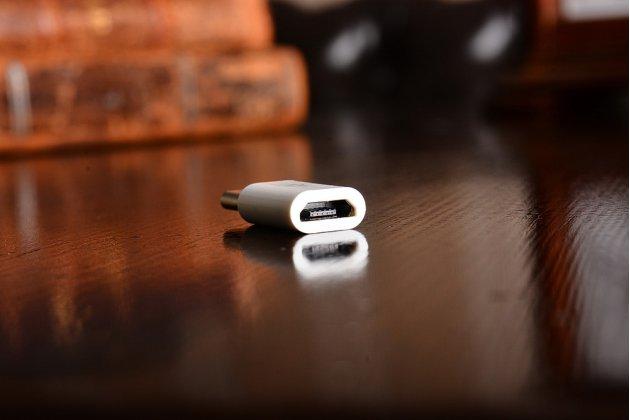 """Фирменный оригинальный USB-переходник / OTG-кабель для телефона Huawei Mate 9 Pro 5.5"""" (LON-L29) + гарантия"""