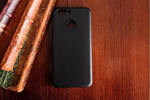 Фирменная ультра-тонкая полимерная из мягкого качественного силикона задняя панель-чехол-накладка для Huawei nova 2 черная