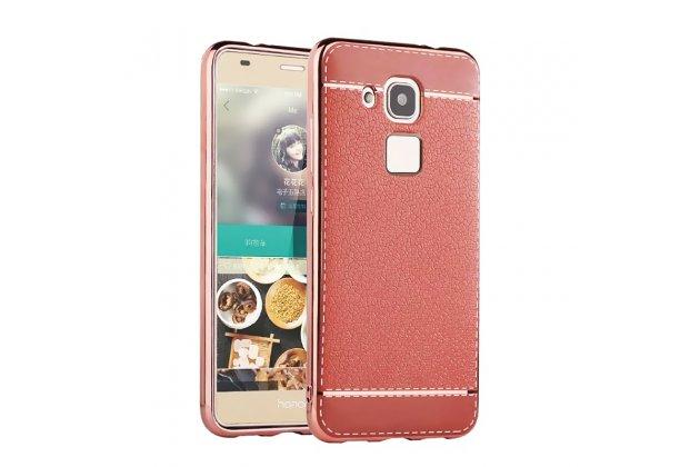 Фирменная премиальная элитная крышка-накладка на Huawei Nova Plus коричневая из качественного силикона с дизайном под кожу