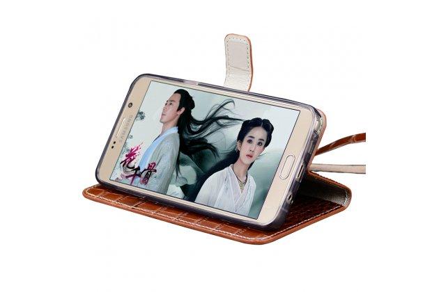 Фирменный роскошный эксклюзивный чехол с фактурной прошивкой рельефа кожи крокодила и визитницей коричневый для Huawei P10 Lite . Только в нашем магазине. Количество ограничено