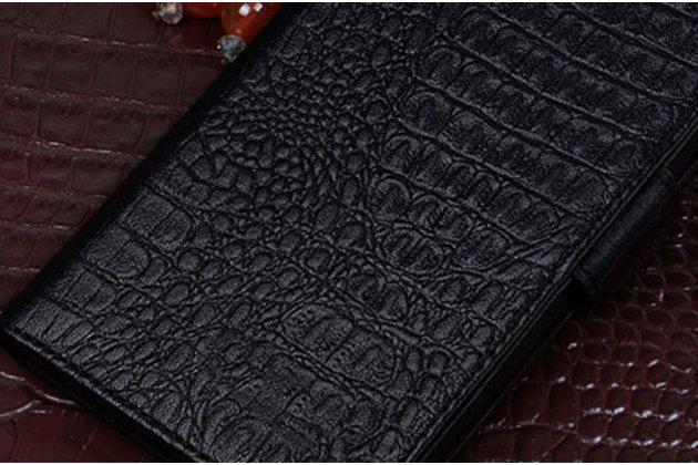 Фирменный роскошный эксклюзивный чехол с фактурной прошивкой рельефа кожи крокодила и визитницей чёрный для Huawei P10 Plus. Только в нашем магазине. Количество ограничено