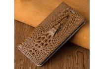Фирменный роскошный эксклюзивный чехол с объёмным 3D изображением кожи крокодила коричневый для Huawei P10. Только в нашем магазине. Количество ограничено