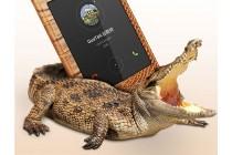 Фирменный роскошный эксклюзивный чехол с фактурной прошивкой рельефа кожи крокодила с окном для входящих вызовов коричневый для Huawei P8 max (DAV-703L) 6.8. Только в нашем магазине.