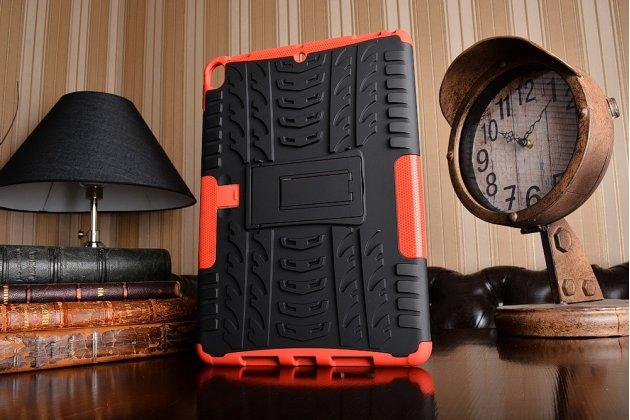 Противоударный усиленный ударопрочный фирменный чехол-бампер-пенал для iPad Pro 10.5 красный