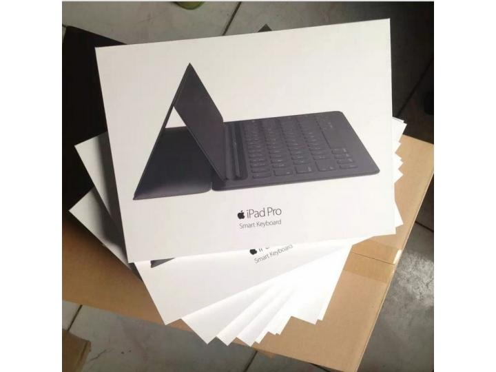 Фирменный оригинальный чехол-клавиатура Apple Smart Keyboard (MJYR2ZX/A) для iPad Pro 12.9 черный английская р..