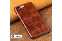 Фирменный роскошный эксклюзивный чехол с фактурной прошивкой рельефа кожи крокодила коричневый для iPhone 7. Только в нашем магазине. Количество ограничено