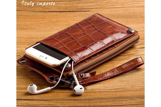 Фирменный чехол-портмоне-клатч-кошелек из качественной импортной кожи с фактурной отделкой лаковой кожи крокодила для iPhone 7 Plus / iPhone 8 Plus коричневый