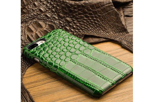 Фирменная элегантная экзотическая задняя панель-крышка с фактурной отделкой натуральной кожи крокодила зеленого цвета для iPhone 7 Plus /iPhone 8 Plus.