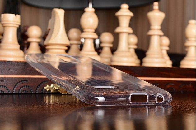 Фирменная ультра-тонкая полимерная из мягкого качественного силикона задняя панель-чехол-накладка для LG K10 (2017) M250 прозрачная