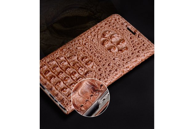 Фирменный роскошный эксклюзивный чехол с объёмным 3D изображением рельефа кожи крокодила коричневый для LG G6 mini / LG Q6 / LG Q6 Plus / LG Q6a M700 . Только в нашем магазине. Количество ограничено