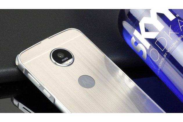 Фирменная металлическая задняя панель-крышка-накладка из тончайшего облегченного авиационного алюминия для Moto Х Play (XT1635-03) 5.5 / Motorola Moto Z Play (XT1635-03-02) 5.5 серебристая