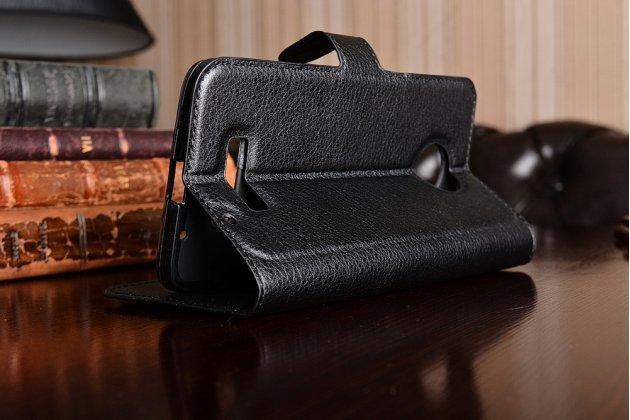Фирменный чехол-книжка из качественной импортной кожи с подставкой застёжкой и визитницей для Motorola Moto Z черный