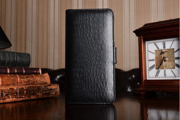 Фирменный роскошный эксклюзивный чехол с фактурной прошивкой рельефа кожи крокодила и визитницей черный для Motorola Moto Z. Только в нашем магазине. Количество ограничено