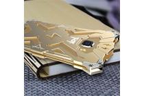 Противоударный металлический чехол-бампер из цельного куска металла с усиленной защитой углов и необычным экстремальным дизайном  для  Samsung Galaxy A5 SM-A520F (2017) золотого цвета