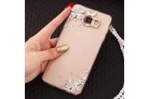 Фирменная роскошная элитная силиконовая задняя панель-накладка украшенная стразами кристалликами и декорированная элементами для Samsung Galaxy A9 Pro SM-A910F/DS 6.0 стразами кристалликами