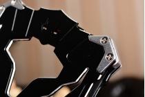 Противоударный металлический чехол-бампер из цельного куска металла с усиленной защитой углов и необычным экстремальным дизайном  для  Samsung Galaxy C7 Pro SM-C7010 черного цвета