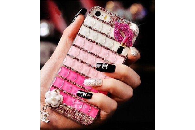 Фирменная роскошная элитная силиконовая задняя панель-накладка украшенная стразами кристалликами и декорированная элементами для Samsung Galaxy J1 2016 SM-J120F/DS розовая