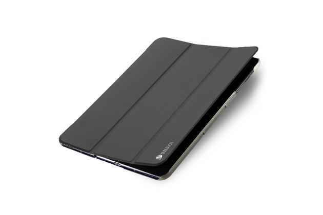 Фирменный умный премиальный элитный чехол-книжка из качественной импортной кожи с функцией засыпания для Samsung Galaxy Tab S3 9.7 SM-T820/T825 серого цвета.