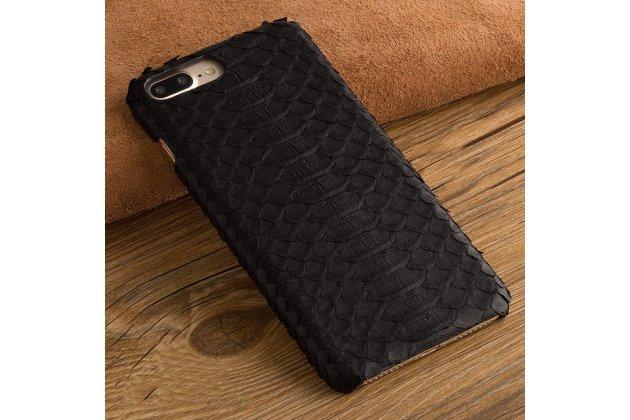 Фирменная элегантная экзотическая задняя панель-крышка с фактурной отделкой натуральной кожи змеи для Sony Xperia X Performance/ X Performance Dual черная. Только в нашем магазине. Количество ограничено.