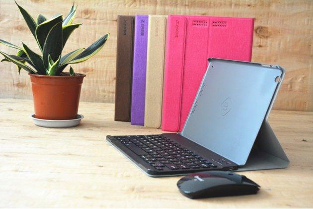 Фирменный оригинальный чехол со съёмной Bluetooth-клавиатурой для  черный кожаный + гарантия