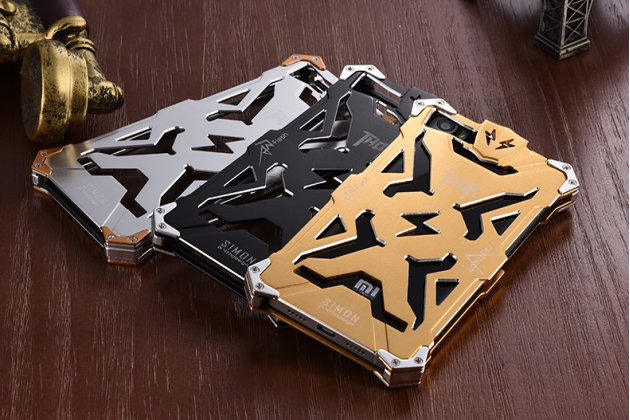 """Противоударный металлический чехол-бампер из цельного куска металла с усиленной защитой углов и необычным экстремальным дизайном  для Xiaomi Mi5s Plus""""  золотого цвета"""