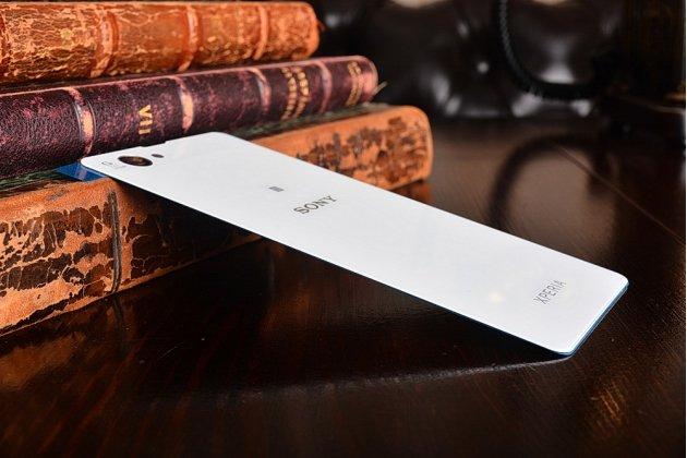 Родная оригинальная задняя крышка-панель которая шла в комплекте для Sony Xperia Z1 Compact D5503 / Z1S/M51w белая