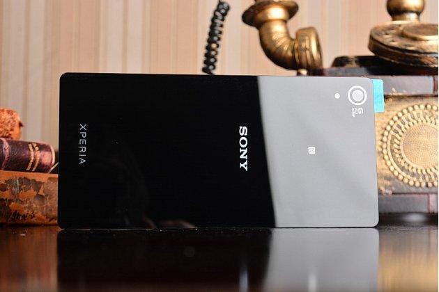 Родная оригинальная задняя крышка-панель которая шла в комплекте для Sony Xperia Z2 D6503/D6502/D650/L50W черная