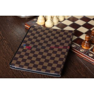 Фирменный чехол-обложка для iPad 2/3/4 new в клетку коричнеый кожаный